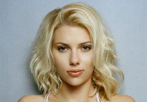 Sexiest Lips – Scarlett Johansson